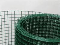 Сетка сварная из оцинкованной проволоки в ПВХ 2,8мм: 1,0*30м: 75*50,8мм