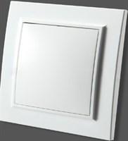 Розетка с/з ZERA EGP с/к белый 700-0200-218
